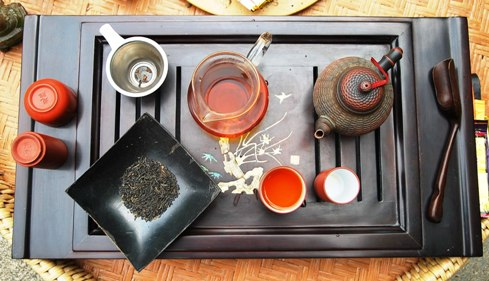 Wild Tongmu Lapsang Jin Jun Mei in my Gong Fu Cha