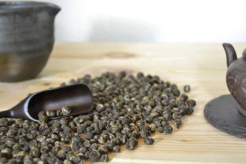 Jasmine Dragon Pearls - green tea scented with jasmine flowers