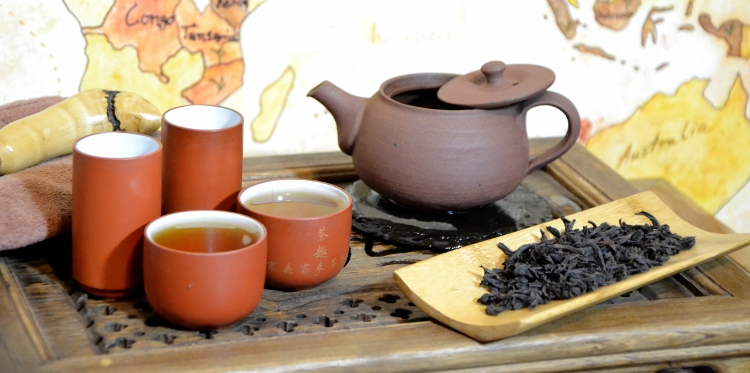 Spring Zhengyan Shui Xian Wuyi Yancha Oolong Tea by Cindy Chen