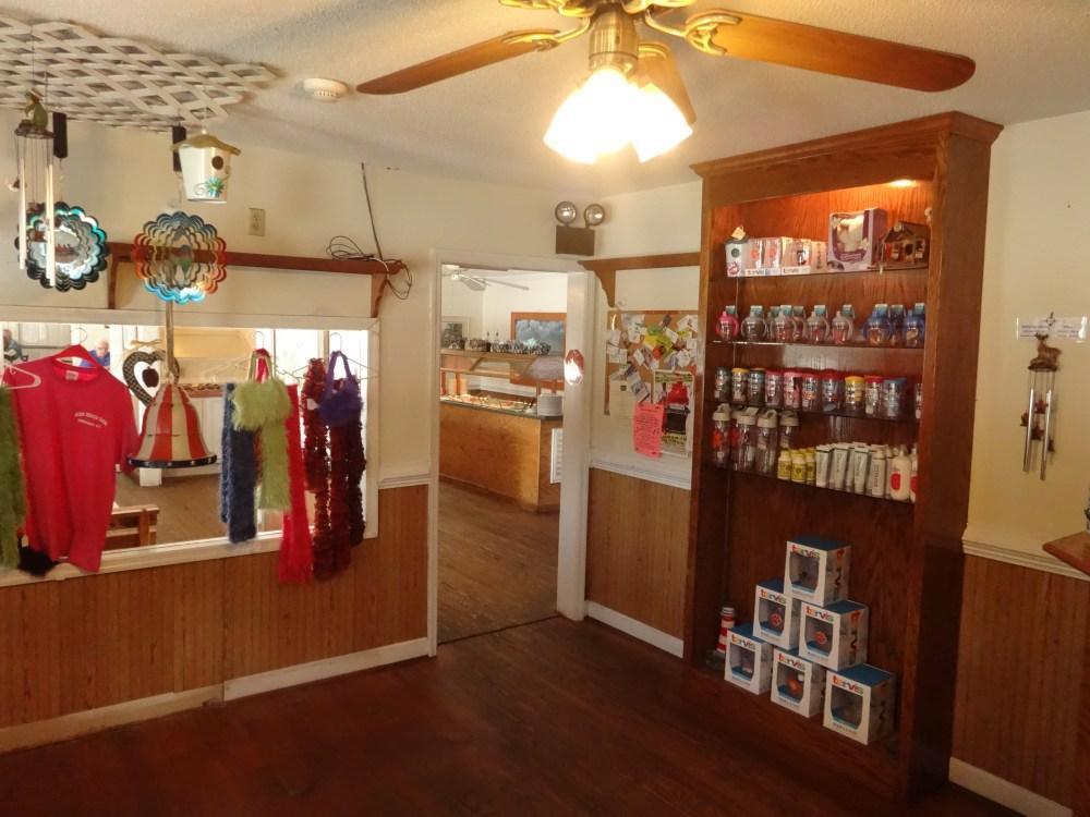 olde-house-cafe-gift-shop