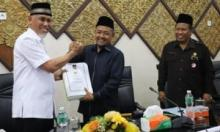 Wako Mahyeldi Sampaikan Nota Keuangan RAPBD 2020 dan RPJMD Kota Padang 2019-2024