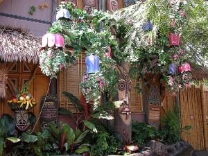 tiki-garden-2786-tiki-gardens-500-x-375