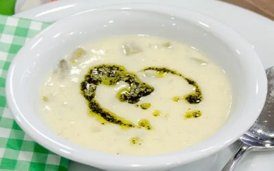 Taze Fasulyeli Yoğurt Çorbası