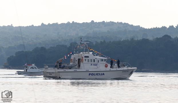 brod policija2