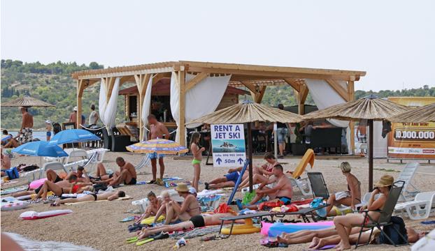 srima beach bar 1