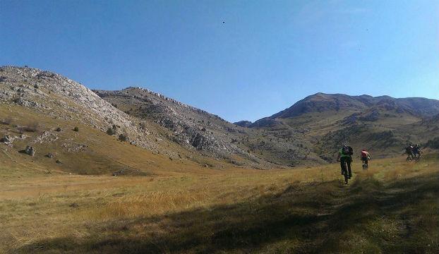 Knin_biciklisti_dinara