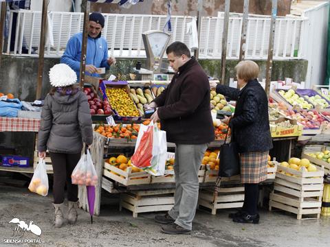 pijaca trznica voce kupnja kupovanje zdravo