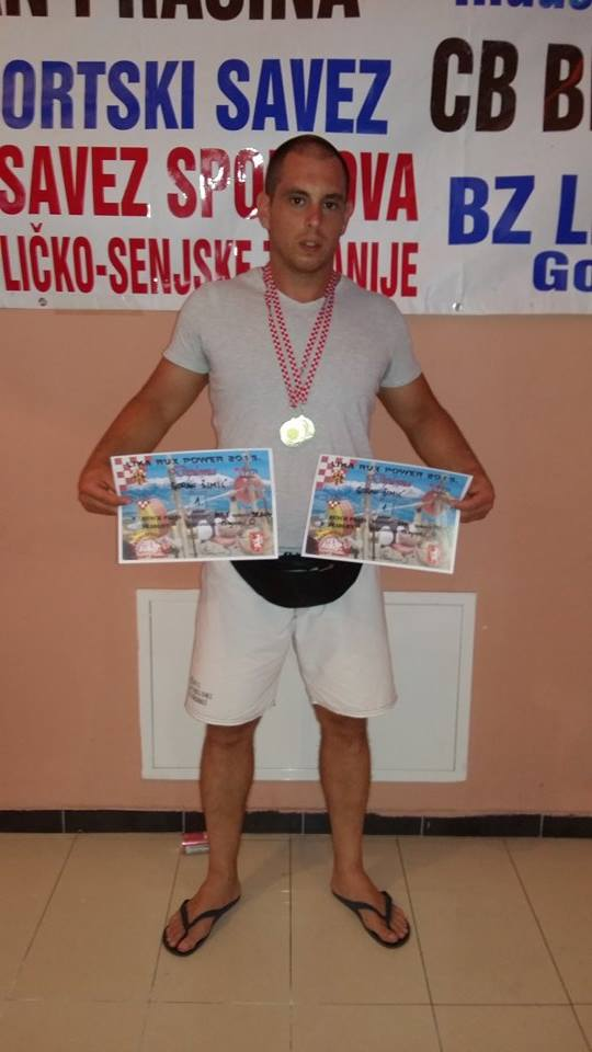 goran simic_powerlifting (2)