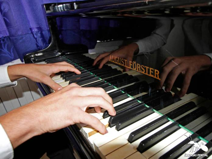 klavir sime buva 6