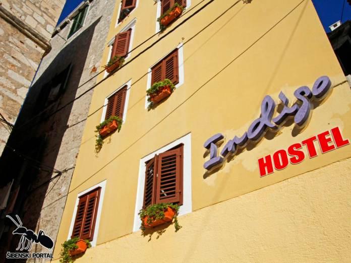hostel indigo 1 0212