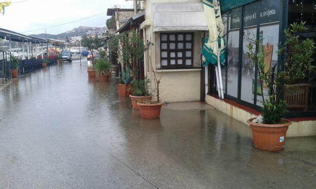 dolac-poplava1