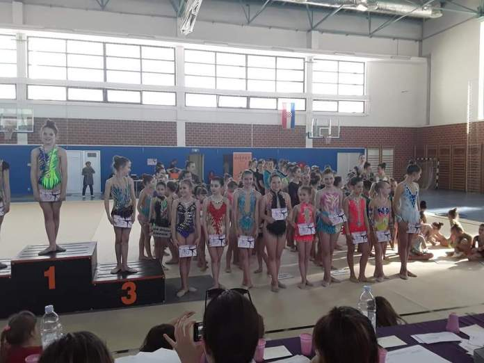 gimnastika 8