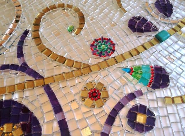 Veće od sreće, mozaik, detalj