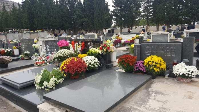 svi sveti groblja (3)