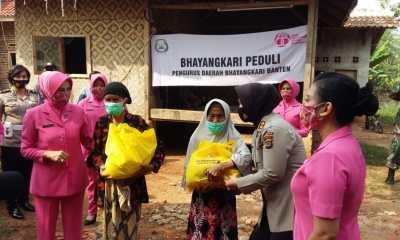 Bansos Polda Banten di kecamatan Curug kota Serang Banten