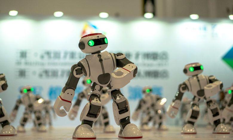 Türkiye'de 10 bin kişi 18 robot düşüyor, Asya'da ise 550