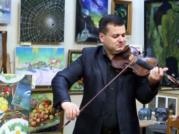 Исаак Нурадян в галерее Джазиум
