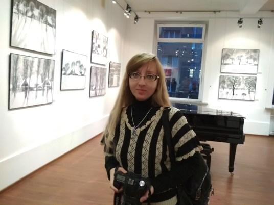 Юлия Федорищева. Выставка Анастасии Гуровой Фото Елены Берсенёвой