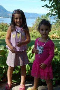 Jayla and Jayanna show off their new outfits from the Thrift Shop