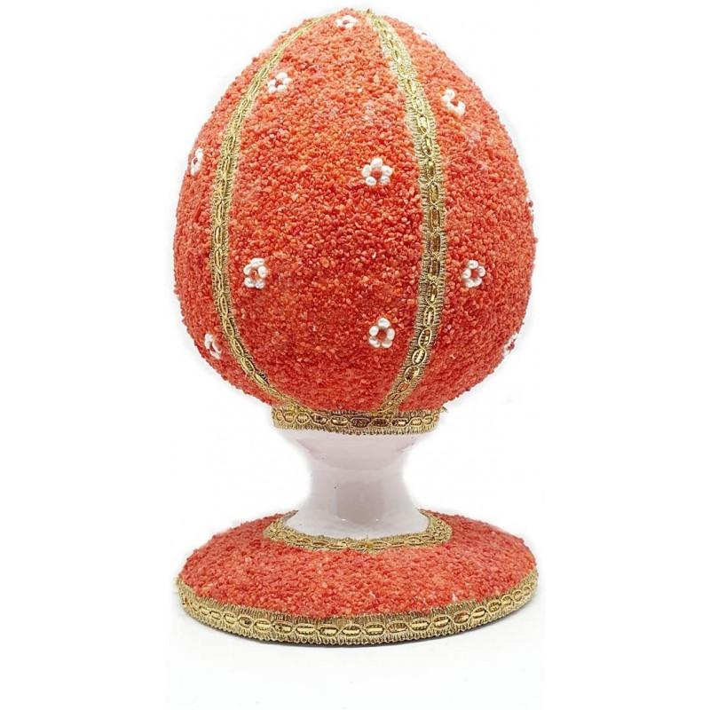 È una delle più conosciute d'italia, nonché una delle più documentate e stilisticamente variegate. Uovo Di Pasqua In Ceramica Di Caltagirone Decorato Con Corallo Rosso E Perline