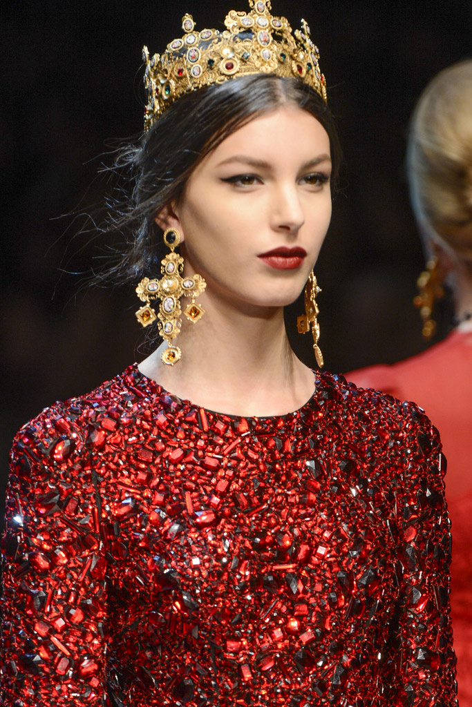 Dolce And Gabbana Pay Tribute To Pope Francis The