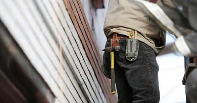 Cade da un'impalcatura in un cantiere edile a Venetico: operaio sessantenne perde la vita