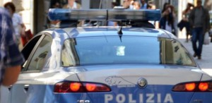 volante-polizia-arresto