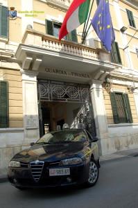 Guardia di Finanza sIRACUSA_auto