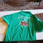 La maglietta del centro Ahmed donata al prefetto Trotta