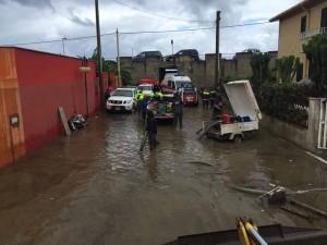 Alluvione Barcellona, volontari 11-10-2015 c