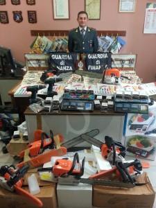 Guardia di Finanza sequestro Barcellona 10-11-2015