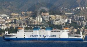 Nave Tremestieri Caronte&Tourist