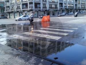 Perdita acqua incontro via Garibaldi-viale Boccetta 24-2-2016 b