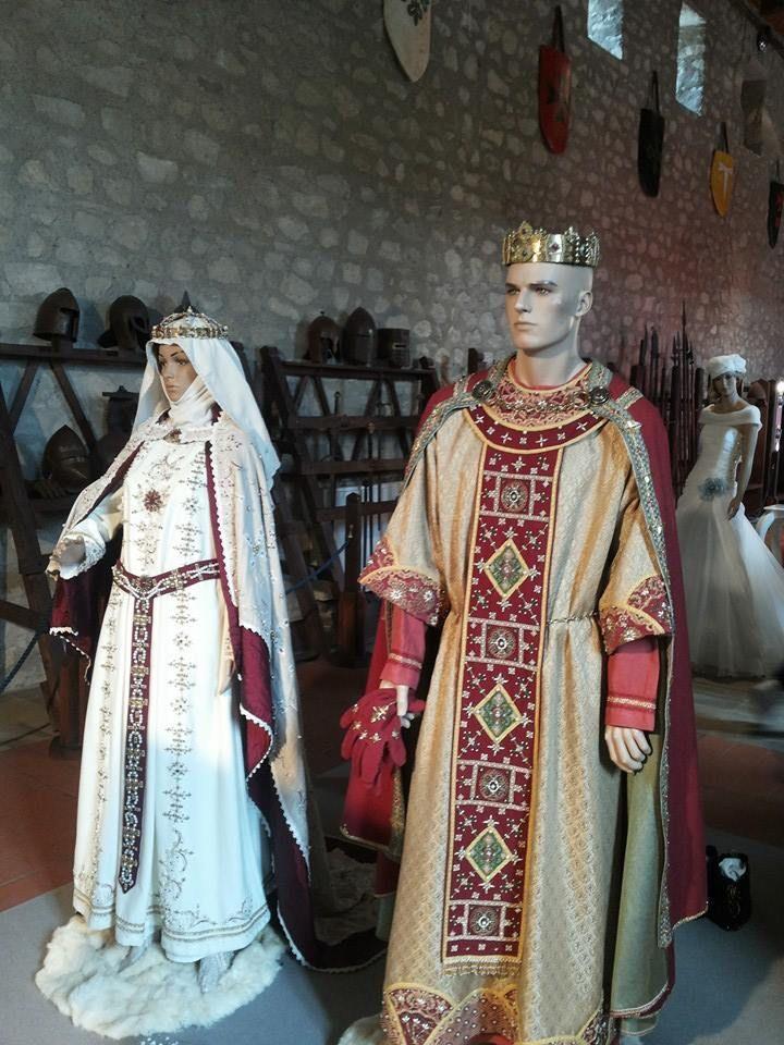 Abiti nuziali di Eleonora d'Angiò e Federico III