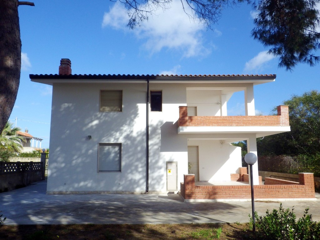 Villa For Sale On The Beach In Granelli Sicily Sicily Home Buy Your Home In Sicily