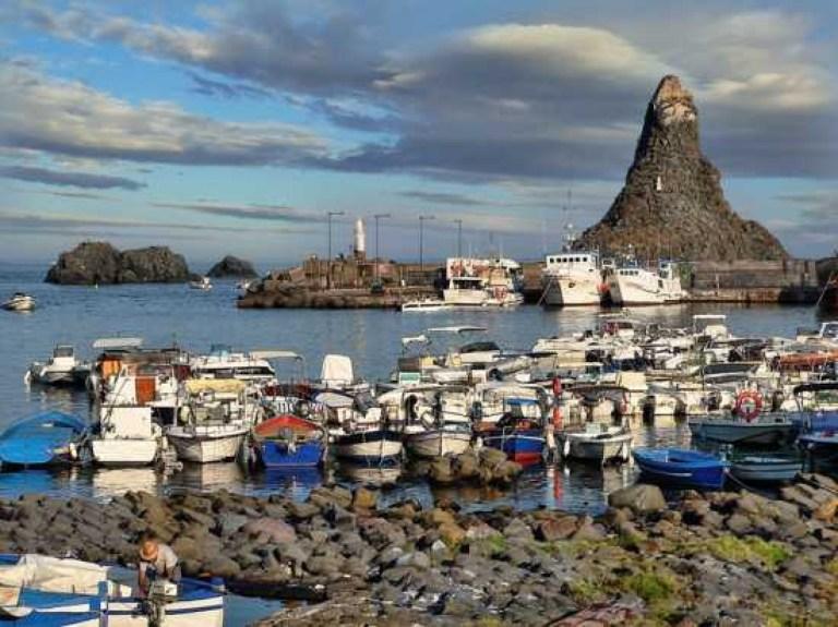 The little fishing village of Acitrezza