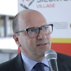 Michele Leonardo Saracino  Informazioni Su Persone Con