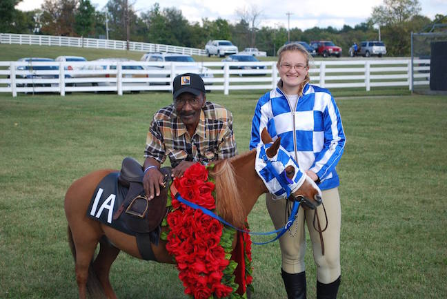 Patrick2 Charlie Davis, Secretariat's exercise rider, spends time with Sarah and a miniature version of Secretariat — also known as Patrick!