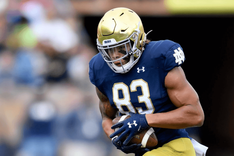 SOUTH BEND, INDIANA - OCTOBER 05: Chase Claypool #83 of the Notre Dame Fighting Irish runs with the football against the Bowling Green Falcons at Notre Dame Stadium on October 05, 2019 in South Bend, Indiana.