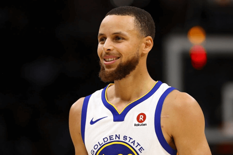 CLEVELAND, OH - JUNE 08: Stephen Curry #30 of the Golden State Warriors reacts against the Cleveland Cavaliers during Game Four of the 2018 NBA Finals at Quicken Loans Arena on June 8, 2018 in Cleveland, Ohio.