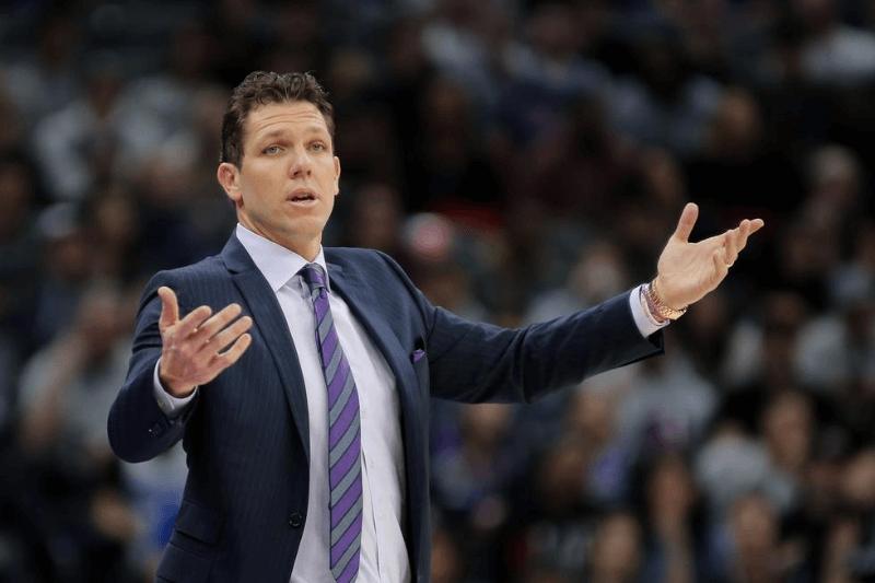 Mar 5, 2020; Sacramento, California, USA; Sacramento Kings head coach Luke Walton reacts to a call during the second quarter against the Philadelphia 76ers at Golden 1 Center.