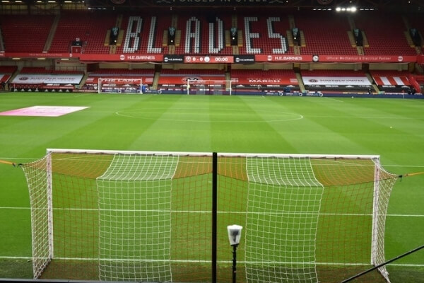 A general view of the stadium is seen before the English Premier League football match between Sheffield United and Manchester City at Bramall Lane in Sheffield, northern England on October 31, 2020. (Photo by Rui Vieira / various sources / AFP) / RESTRICTED TO EDITORIAL USE. No use with unauthorized audio, video, data, fixture lists, club/league logos or 'live' services. Online in-match use limited to 120 images. An additional 40 images may be used in extra time. No video emulation. Social media in-match use limited to 120 images. An additional 40 images may be used in extra time. No use in betting publications, games or single club/league/player publications. / (Photo by RUI VIEIRA/AFP via Getty Images)