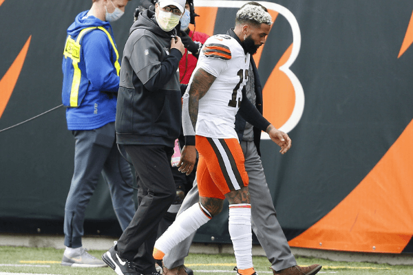 Oct 25, 2020; Cincinnati, Ohio, USA; Cleveland Browns wide receiver Odell Beckham Jr. (13) leaves the game with an apparent injury during the first quarter against the Cincinnati Bengals at Paul Brown Stadium.