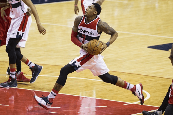 Washington Wizards Bradley Beal struts into the paint for a shot against the Houston Rockets at the Verizon Center in Washington, USA on December 9, 2015. The Wizards lost 103-109 to the Rockets with Houston's James Harden scoring 42 points.