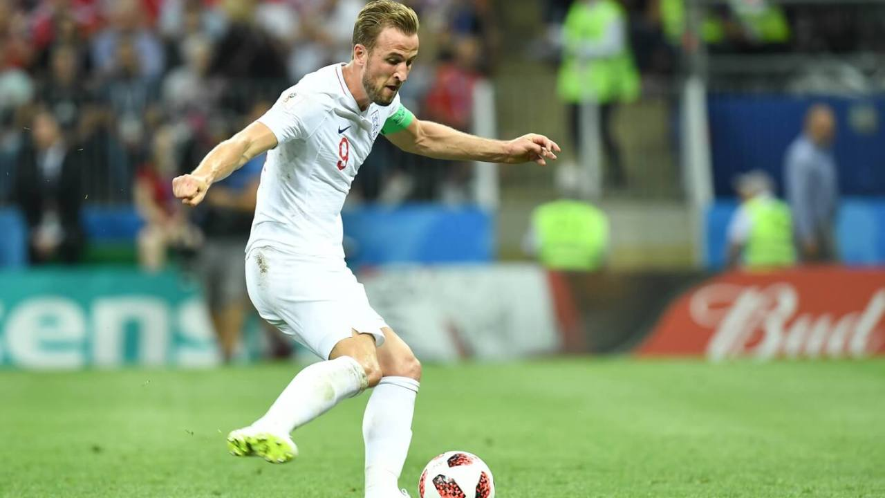 July 11, 2018; Moscow, Russia; England forward Harry Kane (9) controls the ball against Croatia during the first half in the semifinals of the FIFA World Cup 2018 at Saint Petersburg Stadium. Mandatory Credit: Tim Groothuis/Witters Sport via USA TODAY Sports