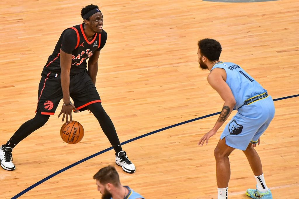 Feb 8, 2021; Memphis, Tennessee, USA; Toronto Raptors forward Pascal Siakam (43) handles the ball against Memphis Grizzlies forward Kyle Anderson (1) during the second half at FedExForum. Mandatory Credit: Justin Ford-USA TODAY Sports