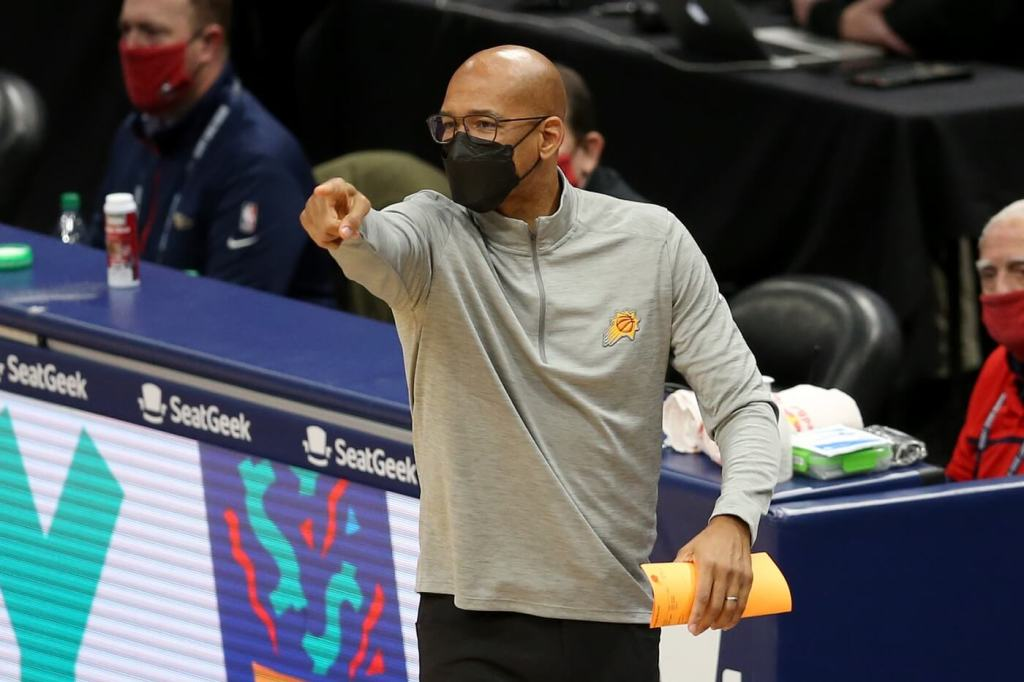 Feb 19, 2021; New Orleans, Louisiana, USA; Phoenix Suns head coach Monty Williams talks to his players in the second quarter against the New Orleans Pelicans at the Smoothie King Center. Mandatory Credit: Chuck Cook-USA TODAY Sports