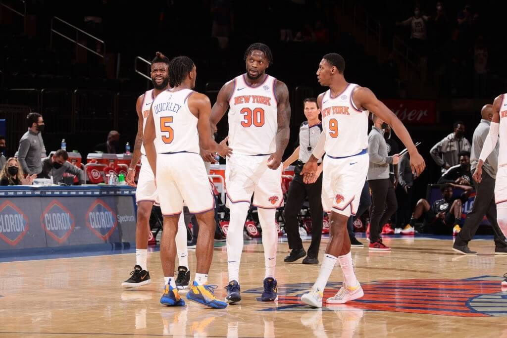 NEW YORK, NY - APRIL 21: Julius Randle #30 of the New York Knicks talks to teammates during the game against the Atlanta Hawks on April 21, 2021 at Madison Square Garden in New York City, New York. NOTE TO USER: User expressly acknowledges and agrees that, by downloading and or using this photograph, User is consenting to the terms and conditions of the Getty Images License Agreement. Mandatory Copyright Notice: Copyright 2021 NBAE (Photo by Nathaniel S. Butler/NBAE via Getty Images)