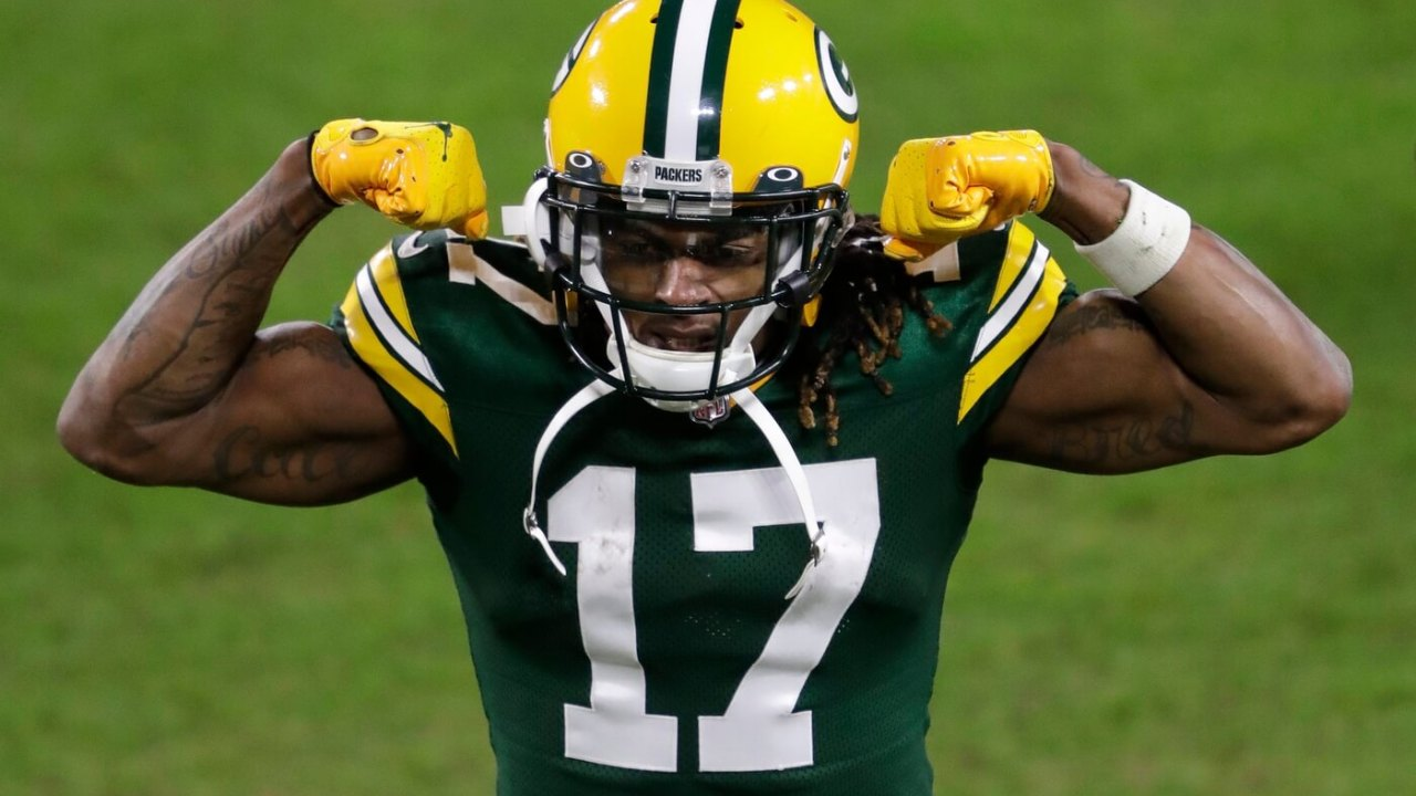 Green Bay Packers wide receiver Davante Adams (17) celebrates a victory against the Los Angeles Rams during their NFL divisional playoff game Saturday, January 16, 2021, at Lambeau Field in Green Bay, Wis. Dan Powers/USA TODAY NETWORK-Wisconsin Apc Packvsrams 0116211723djpa