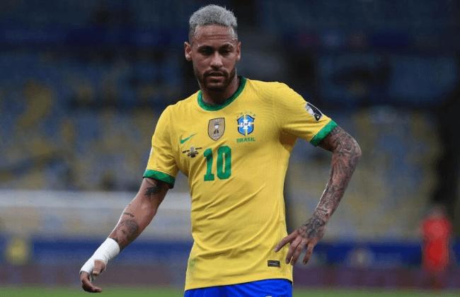 RIO DE JANEIRO, BRAZIL - JULY 10: Neymar Jr. of Brazil reacts during the final of Copa America Brazil 2021 between Brazil and Argentina at Maracana Stadium on July 10, 2021 in Rio de Janeiro, Brazil
